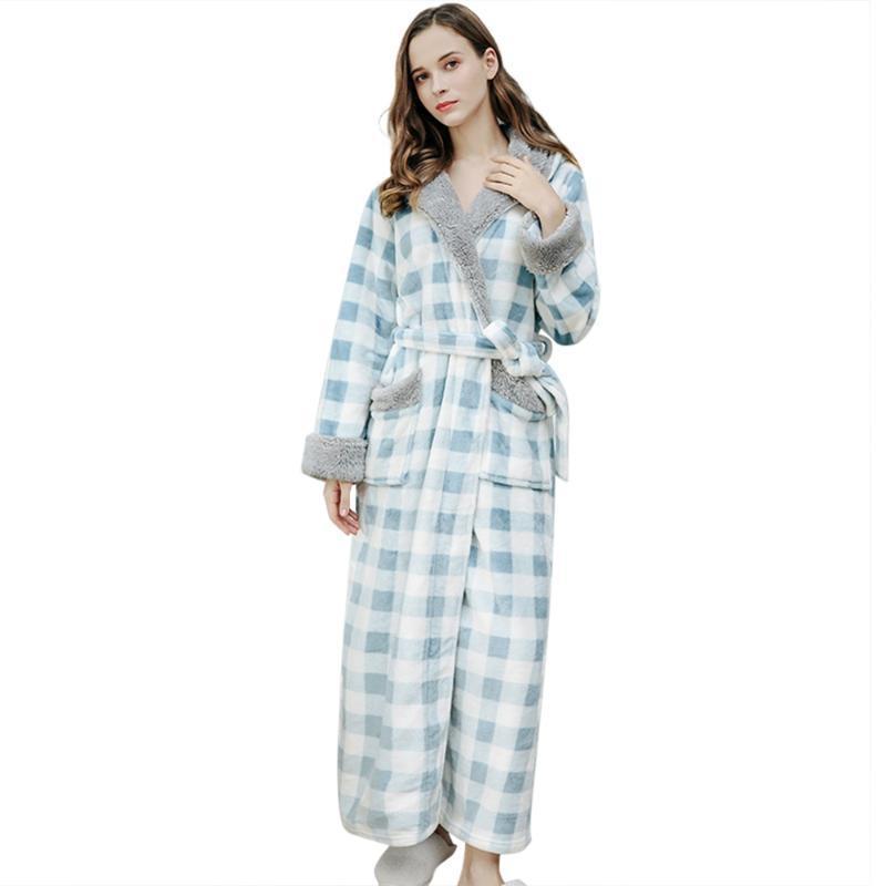 Women's Sleepwear Autumn Women Bathrobe Nightgown Thick Warm Robe Winter Plaid Fleece Hooded Robes Female Long Dressing Gown Home