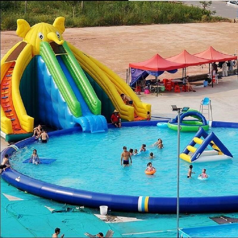 Piscina de elefante inflable Agua Diapositiva Diapositiva PVC Combinación de accesorios