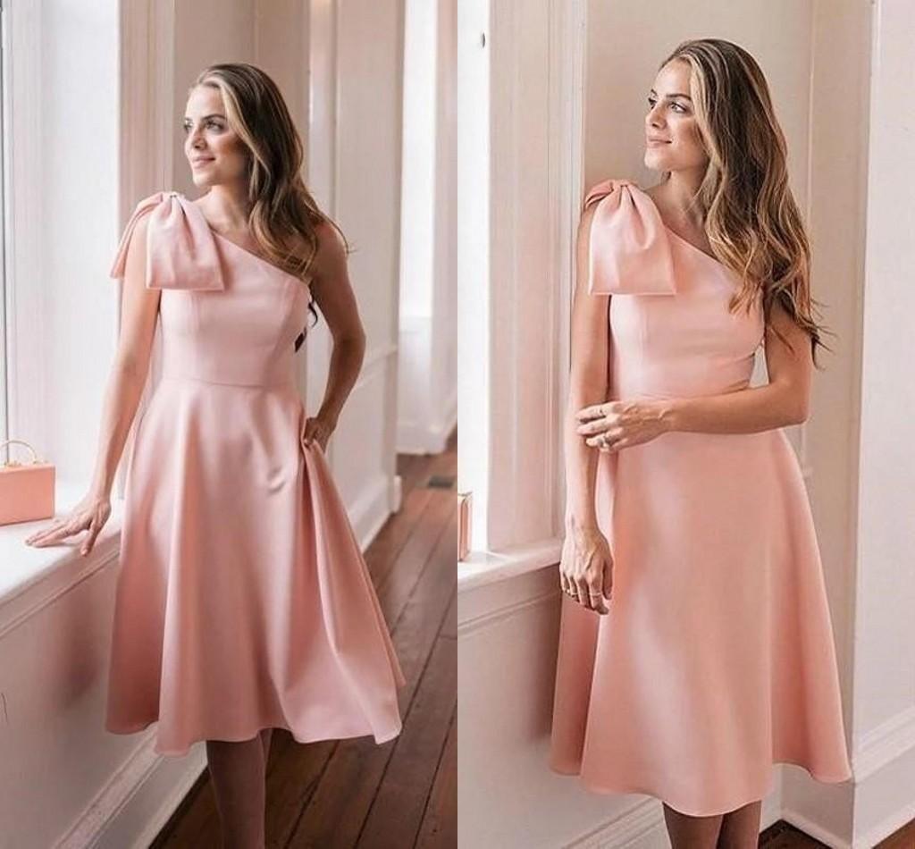 2021 Pink Breve Prom Dresses One Spalla Chiffon Bow Ginocchio Lunghezza Custom Made Plus Size Cocktail Party Gown Formal Occasione Abbigliamento Vestido