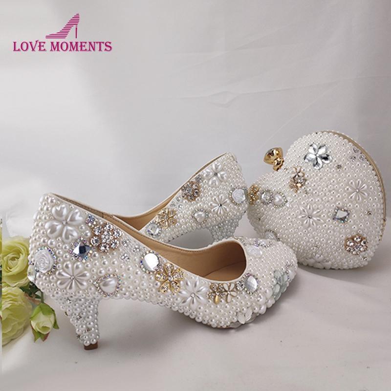 حذاء اللباس النقي الأبيض لؤلؤة الزفاف مع محفظة 6CM كعب الأوسط الأم من العروس مطابقة حقيبة حزب حفلة موسيقية مضخات