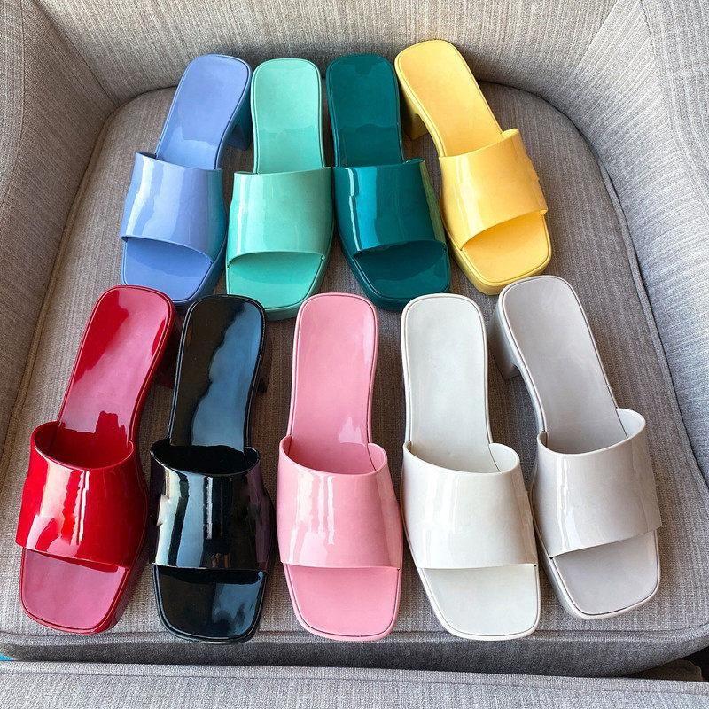 2021 Sandali da donna Tacchi alti Sandali in gomma con scivolo Piattaforma Pantofola Chunky 2.4 Altezza tacco Scarpe Estate Infradito in rilievo quadrato con scatola