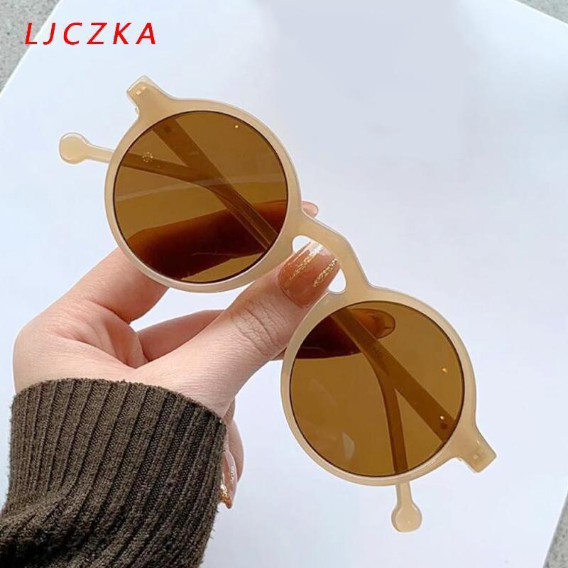 نظارات شمسية 2021 الجملة لطيف المرأة خمر إطار صغير جولة نظارات الشمس الإناث الكلاسيكية العلامة التجارية تصميم القيادة نظارات uv400