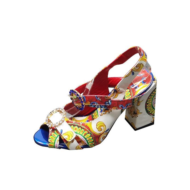 2021 حجر الراين زائد حجم النساء مزاجه الأزياء مجموعة الصنادل القدم مشبك عالية الكعب زهرة الجلد الأسماك الفم الأحذية سميكة