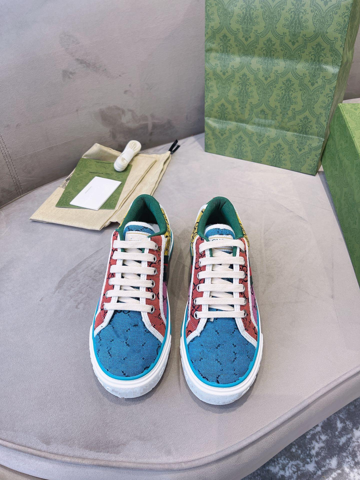 2021 أزياء g مصممين القيادة الأحذية الفاخرة الرجال النساء الأحمر أسفل عارضة شقة للجنسين zapatos أحذية رياضية المتسكعون 35-45