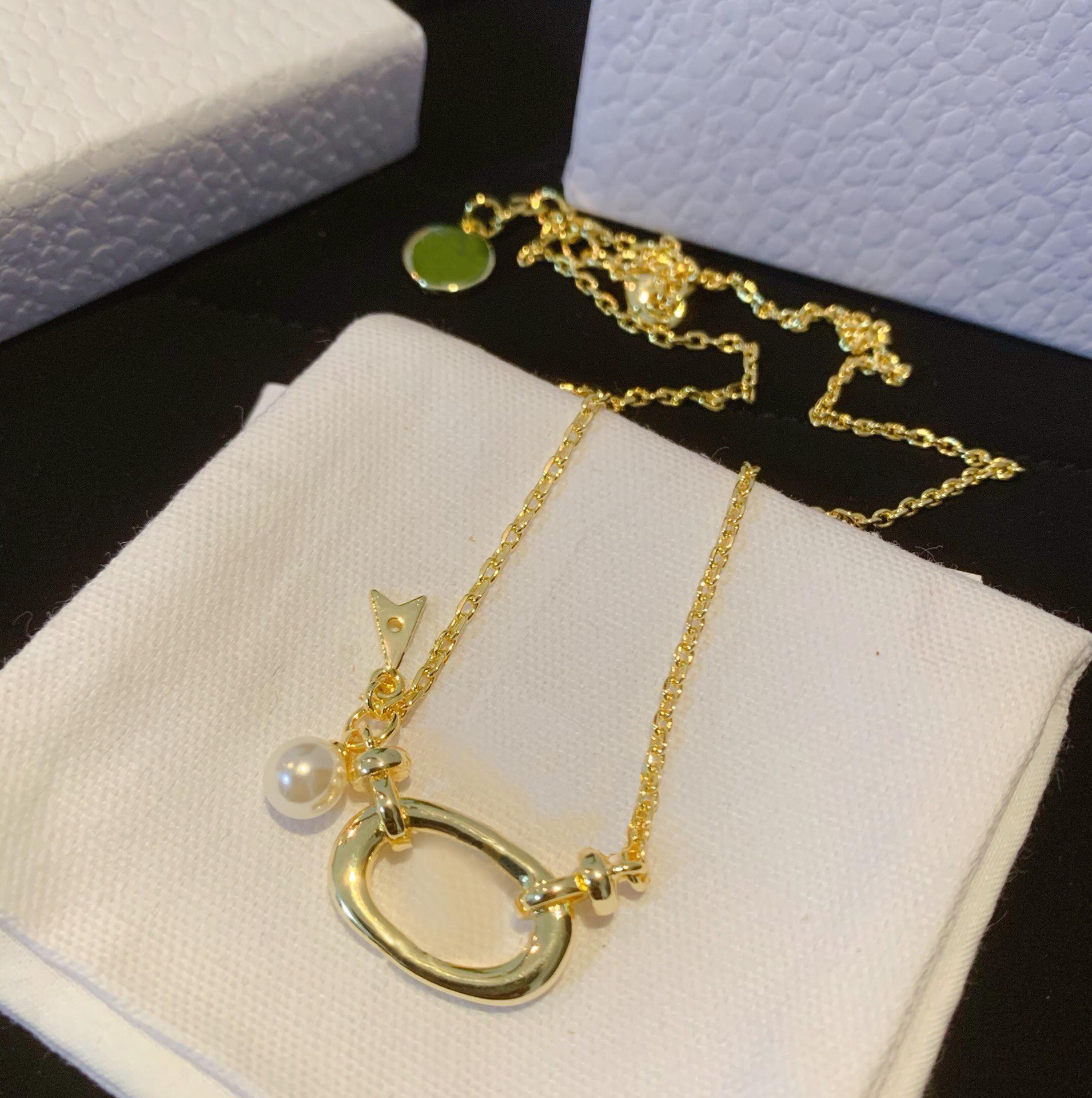 Heißer Verkauf Edelstahl Buchstaben Anhänger Halsketten Kette Halskette Choker Halsketten Für Dame Frauen Liebhaber Geschenk Hip Hop Schmuck mit Box