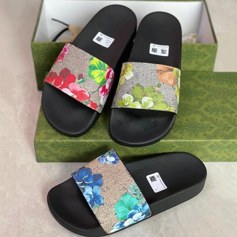 남성 여성 플랫 샌들 디자이너 슬라이드 슬라이스 슬리퍼 인쇄 동물 플립 플롭 고품질 스트라이프 미끄럼 방지 슬리퍼 패션 비치 신발 NO311