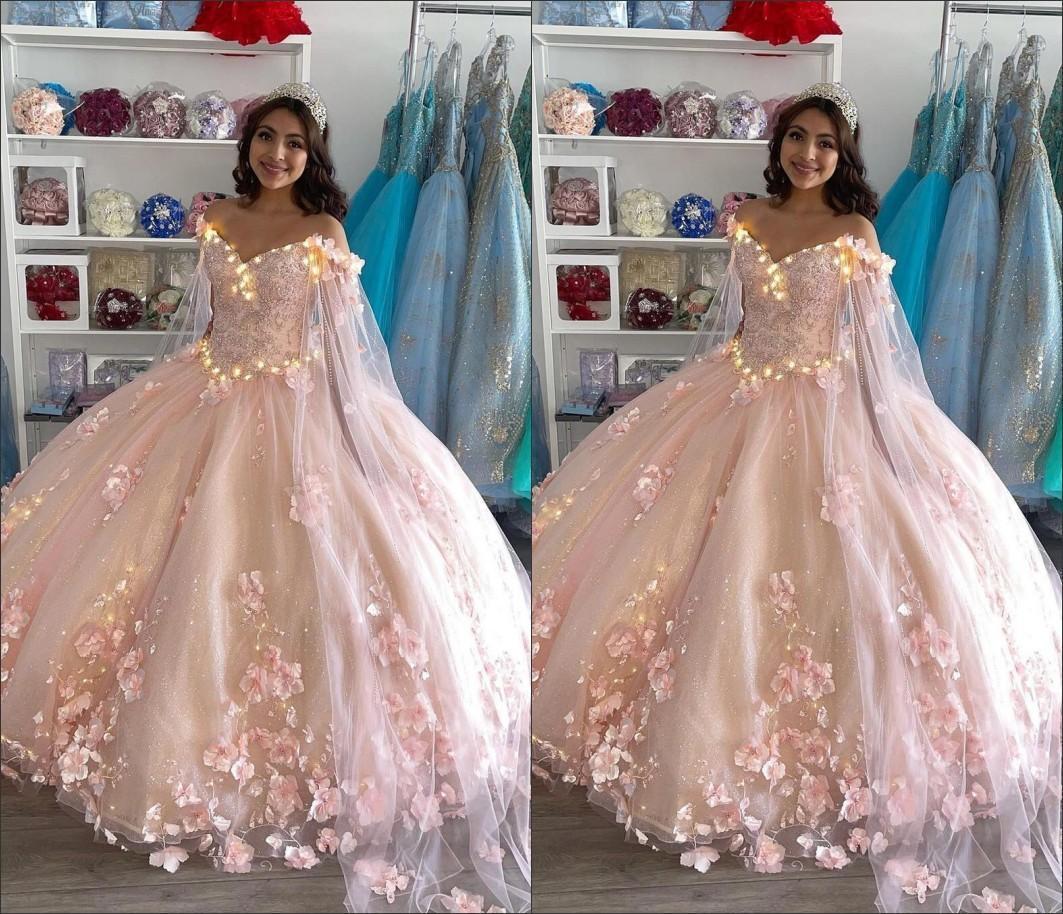 Dresses rosa quinceanera applique floreale 3D dalla spalla lunghezza del pavimento in rilievo su misura Dolce 16 compleanno festa Pageant Ball Gown Vestidos