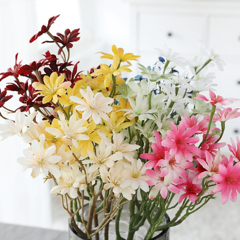 10 stücke Künstliche Blumen Seide Gänseblümchen 5 Niederlassungen langer Stamm Bouquet Mittelstück Dekoration