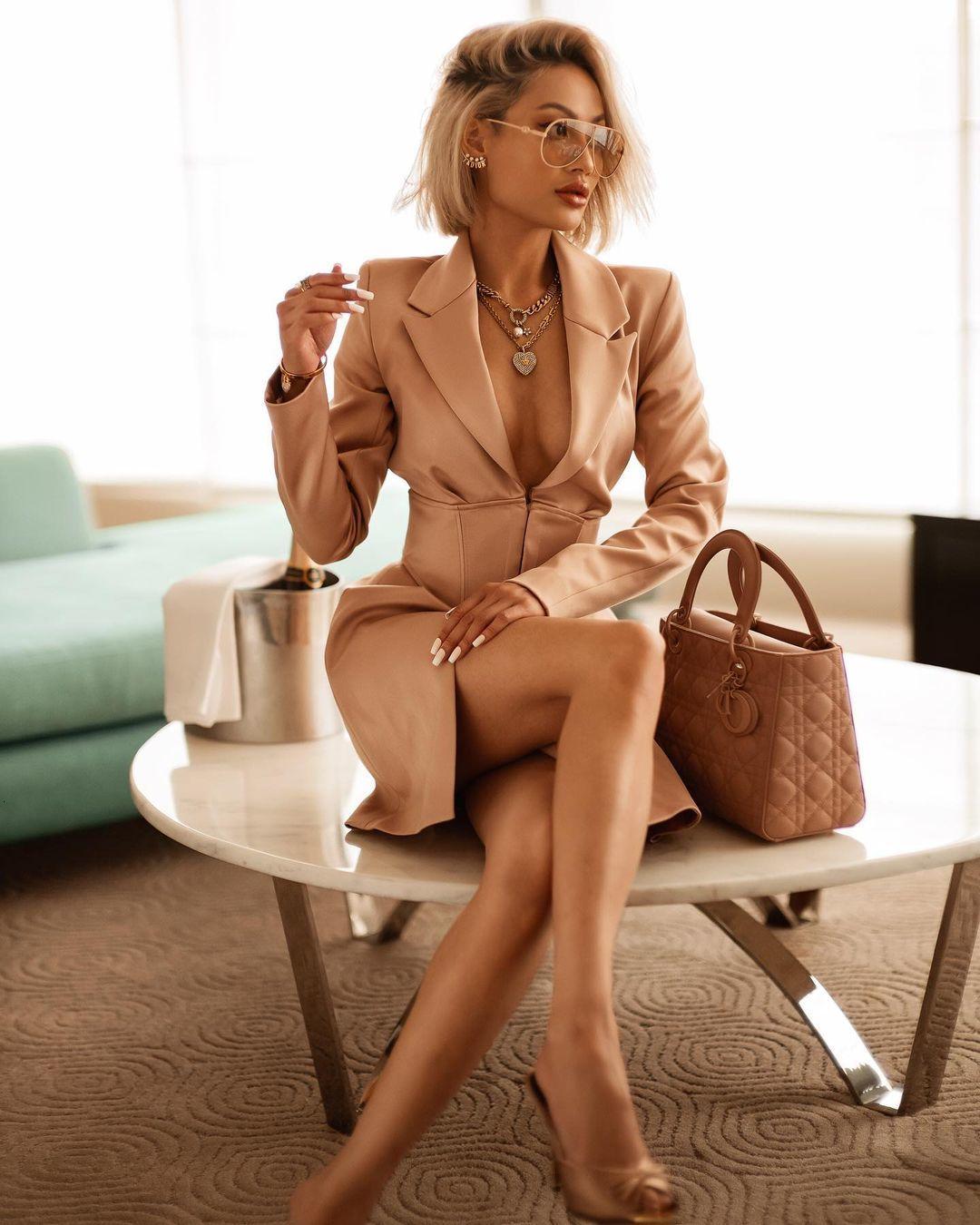 vestido de manga comprida de mulheres terno vestido com pescoço, elegante, ouro, moda, moda, sexy, 2021 d73w
