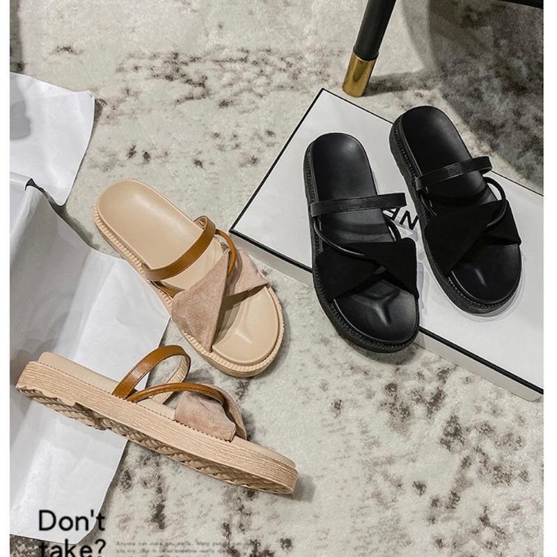 Тапочки Ins Продайте женскую открытую летнюю модную обувь стиль платформы легкий открытый носок женское платье