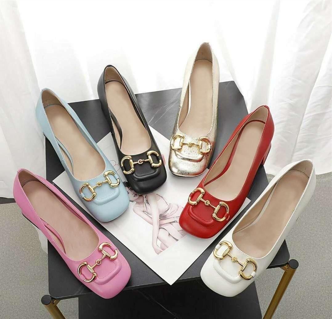 Diseñador mujer vestido zapatos de verano moda grueso genuino cuero de vaca metal lujoso damas gatito tacón grande tamaño 35-42 EUR con caja