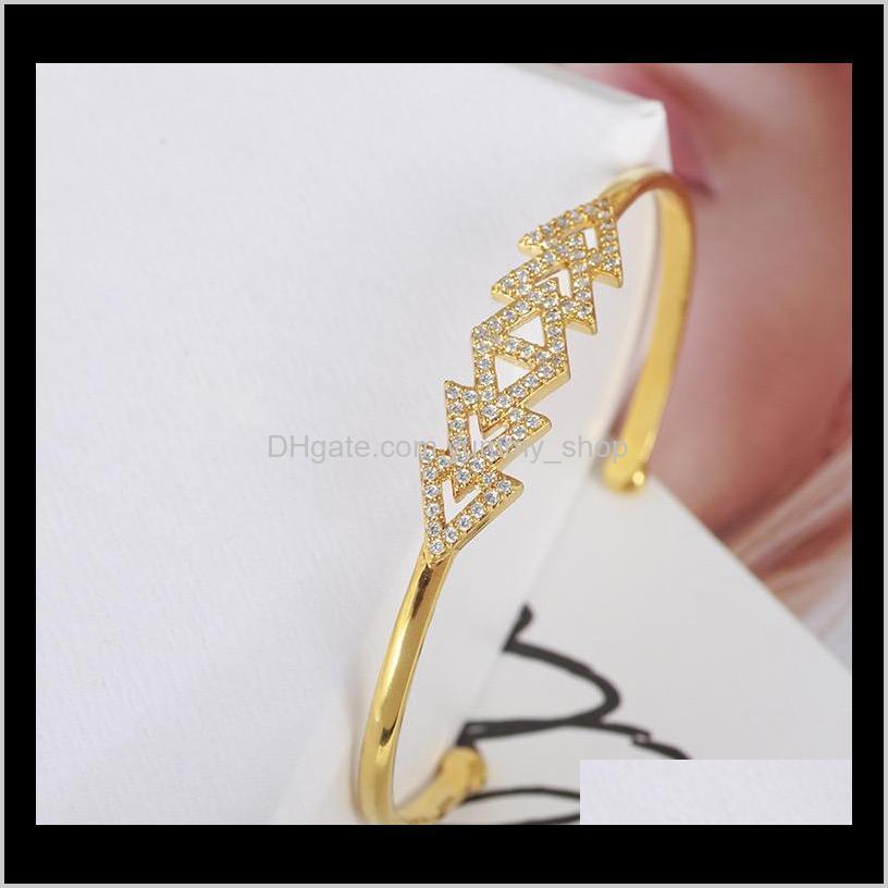Lüks Tasarımcı Takı Kadınlar Elmas Bilezik Ile Bilezikler Üçgen Gümüş Gül Altın Geometrik Şekil Zarif Bilezik 1tuk WSD8O