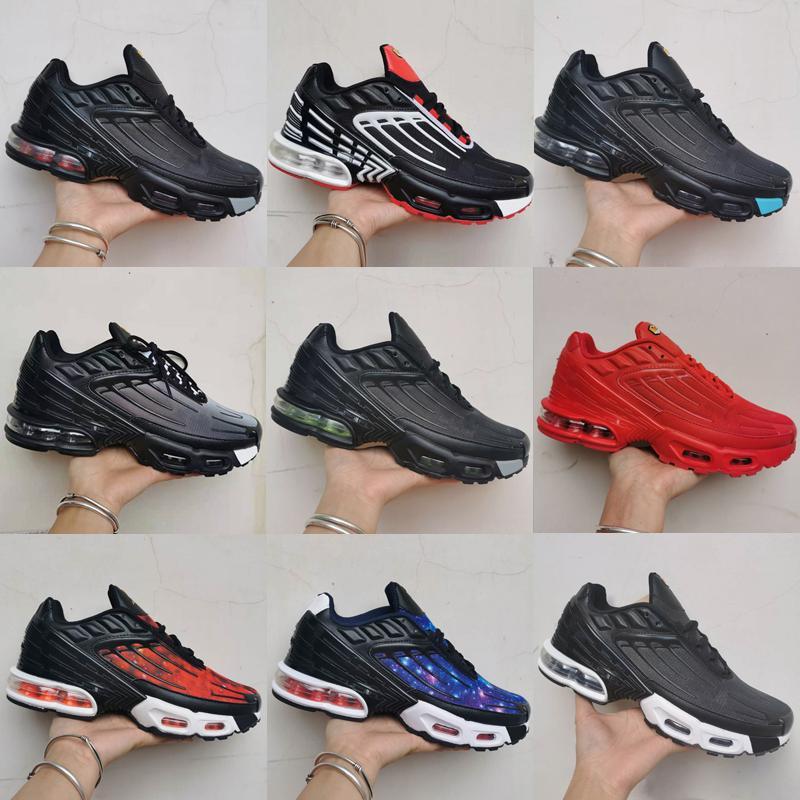 TN artı 3 III Tuned Açık Ayakkabı Chaussures Üçlü Beyaz Siyah Hiper Mavi Yeşil OG Neon Mens Bayan Sneakers Spor Koşucuları