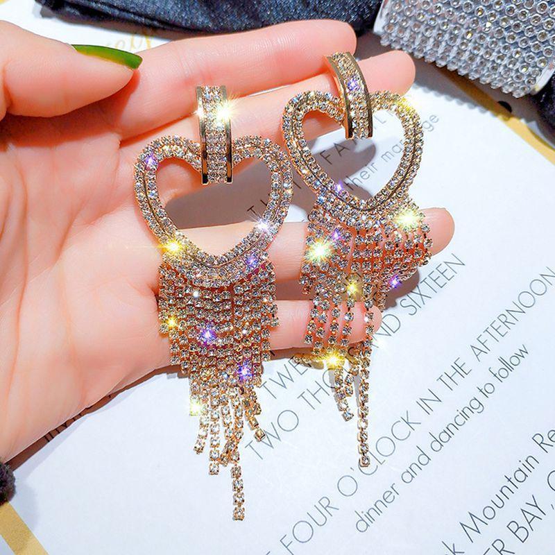 Seks Shining Uzun Büyük Kalp Püskül Bırak Küpe Kadınlar Kristal Küpe Takı Kız Gümüş Dangle Moda Avize