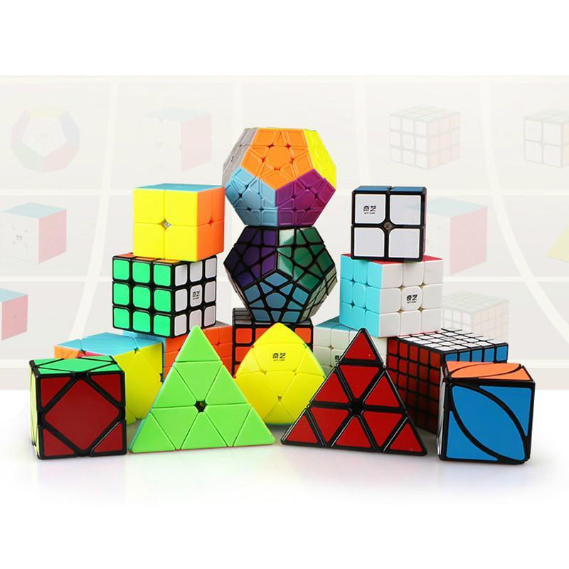 Qiyi هدية حزمة ماجيك مكعب 4 قطعة / المجموعة مثلث dodecahedron mastermorphix سرعة لغز 2x2 3x3 4x4 5x5 لعبة تعليمية للأطفال