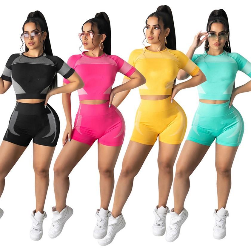 Summer Yoga Abbigliamento sportivo Donne Tracksuits Fashion Fitness Abbigliamento Abiti da corsa 2 pezzi Set Set Crop + Shorts Plus Size 2XL Sweatsuits Black Joggers Vestita DHL Ship 4726