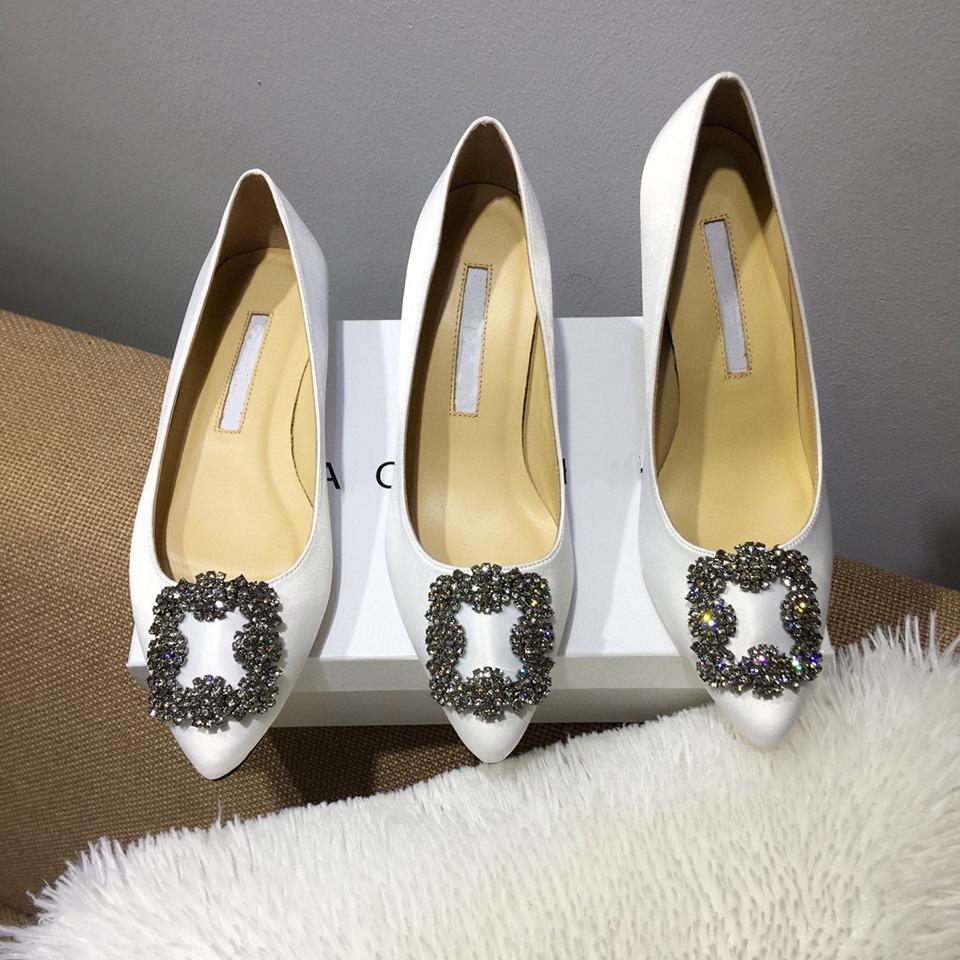 Créateur de luxe Top Quality 2021 Chaussures Femme Femme Femmes Fonds High High Talons Sexy Points pointus 3cm Robe de mariée Naked Black Shine Tailles 35-42