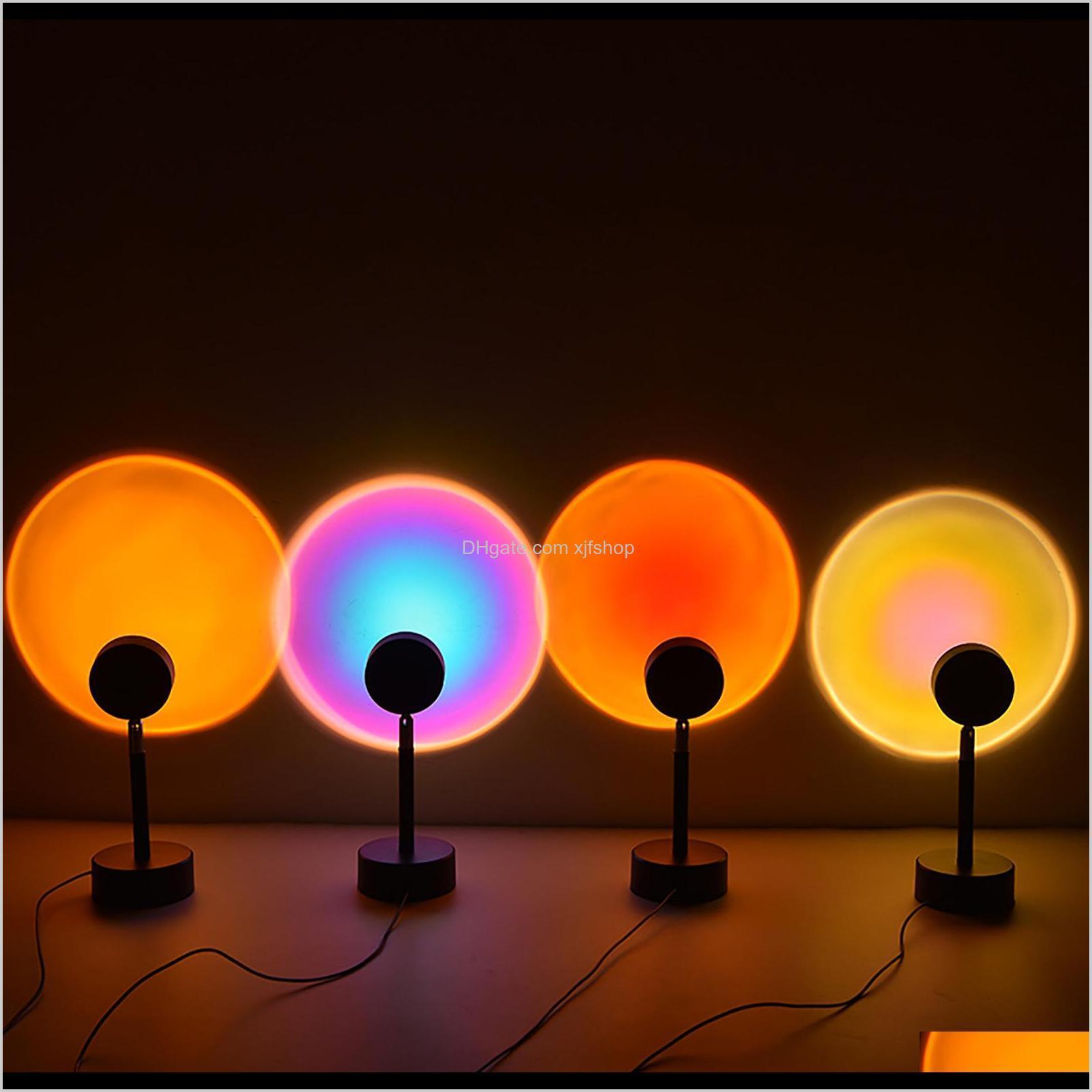 LED GADGET Proyector Proyección de proyección Luz de la puesta del sol con 180 ° Rotatable USB Carga del arco iris Lámpara de dormitorio Lámpara de la sala de vivienda PO FOOD WOFS9 2L1XU