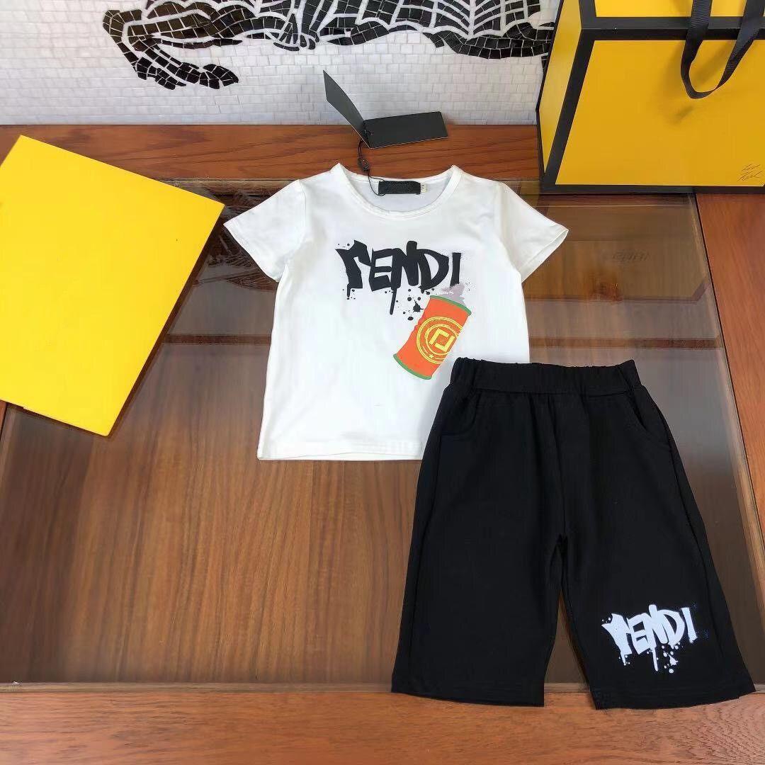 2021SS المصممين ملابس الاطفال مجموعات fen و di الأولاد الصيف القطن تي شيرت + السراويل جودة كبيرة الأطفال البدلة الرياضة size110-150