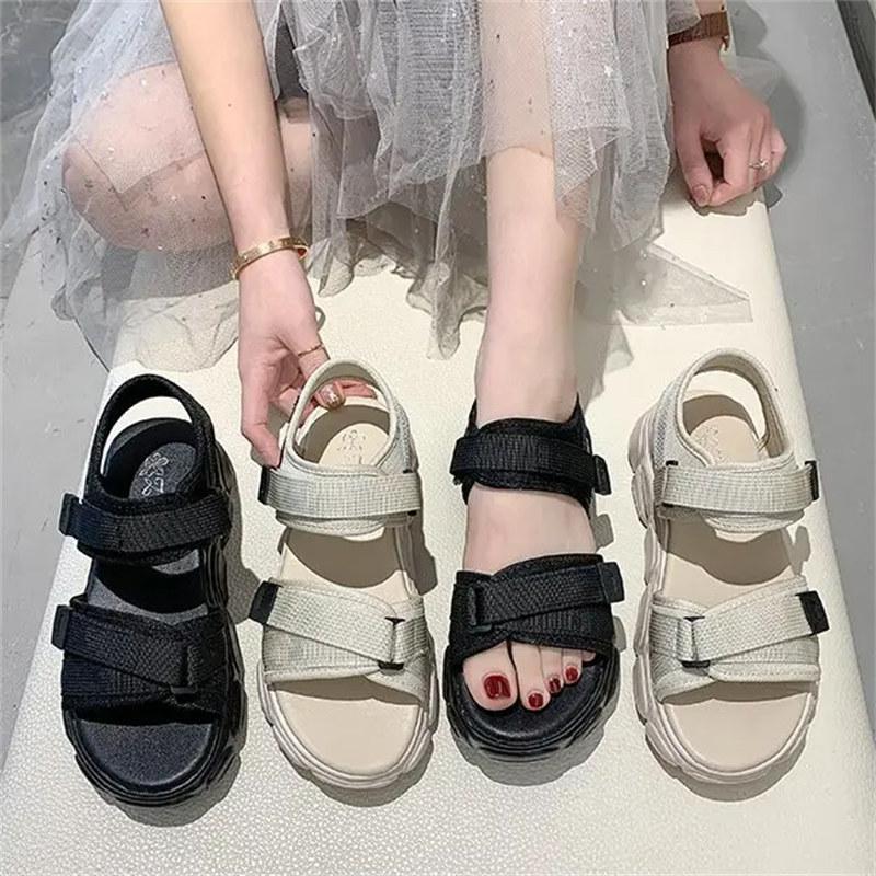 2021 Sommer Frauen Wilde Sandals Casual Student Beach Schuhe Trifle Bottom Disoride Platform Offene TOE Schwarz Größe 35-40