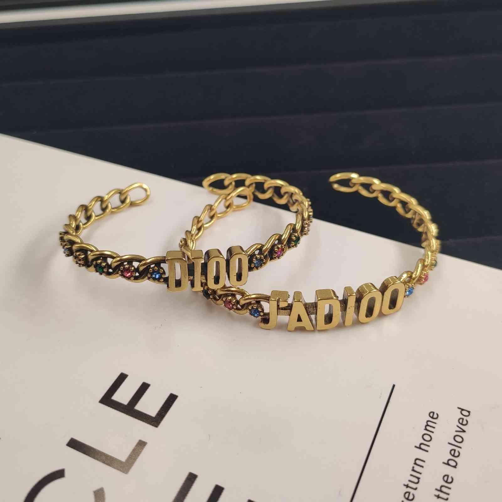 2021 xiaoxiangfeng exquisito diamante versátil personalidad exageración xiangjia dijia xianggranny pulsera d
