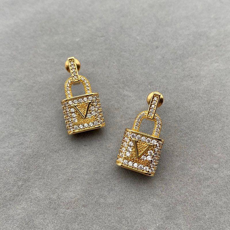 Pendientes de diseñador de moda Jewlery Womens Diseñador de lujo Pendiente con letras de caja Regalos de boda fiesta de oro para hombre D217064F