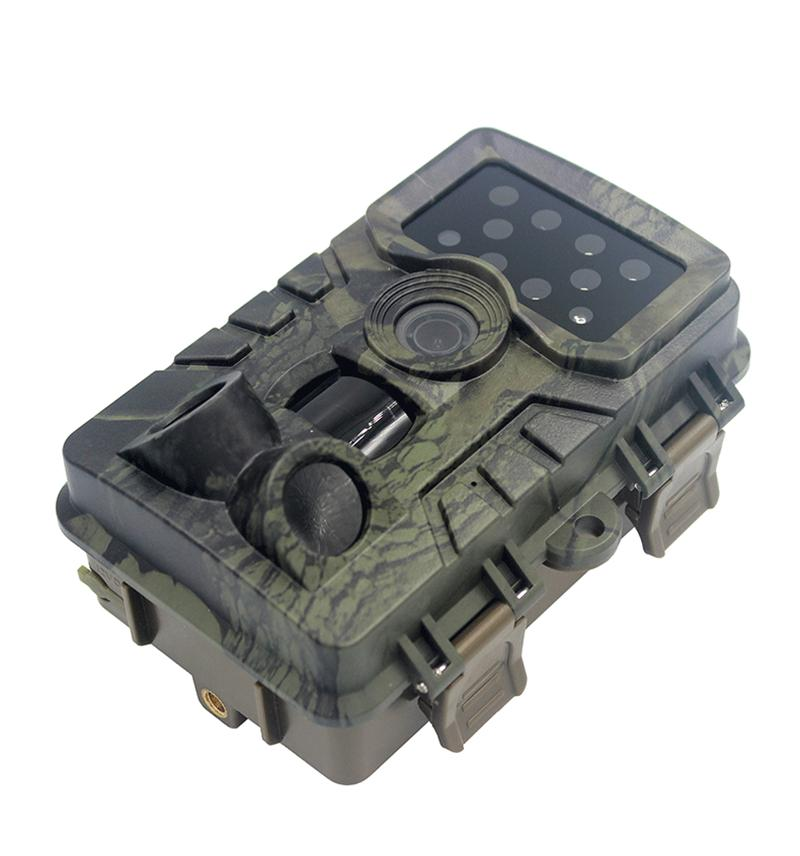 Outdoor hunting camera infrared night vision 20 million pixels IP66 waterproof working during -30-70 Celsius degree USB Port TF Card holder