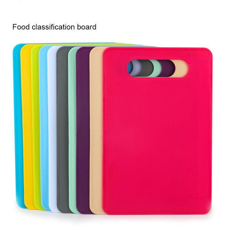 Tablero de corte de plástico de fruta Creativo Multifuncional Bloques de corte Herramientas de cocina antideslizante PP 29 * 19 * 0.23cm