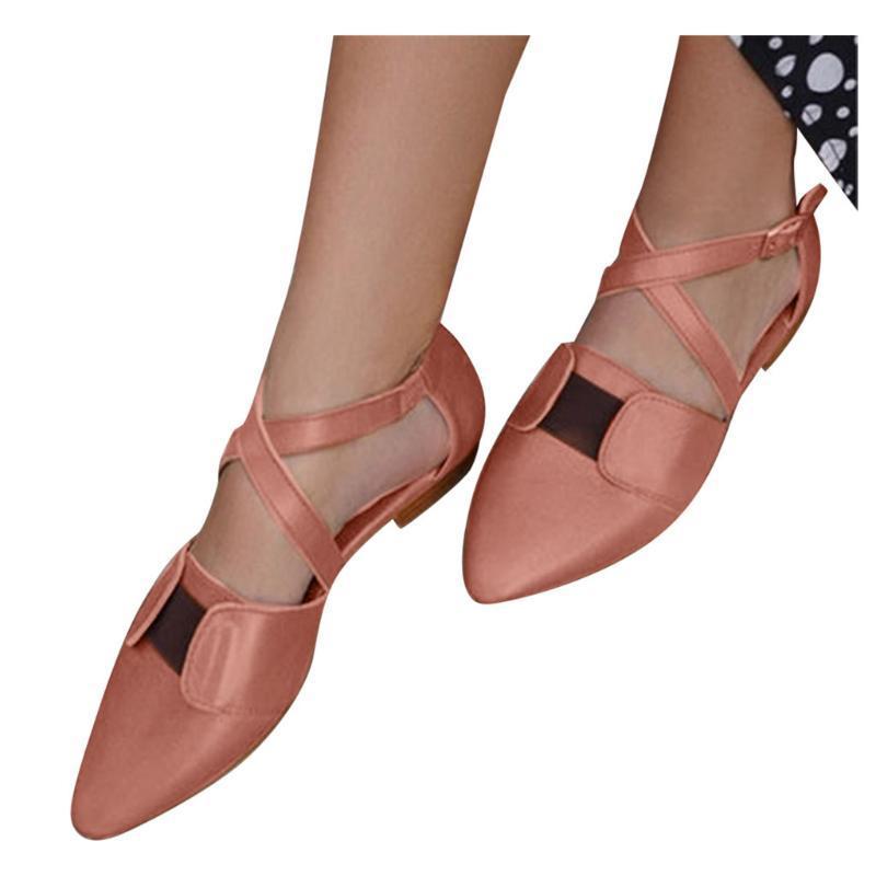 Femmes Cuir Appartements Sandales Boucle pointue Toe Toe Public Casual Chaussures Femme Croix Strappy Lumière Single Sandalie Feminina