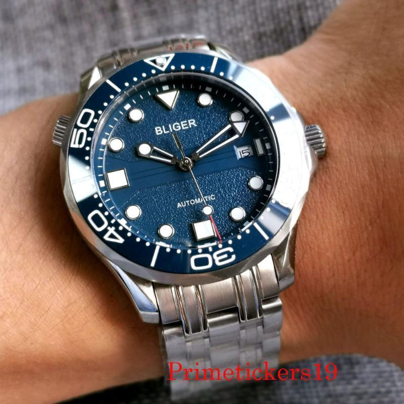 Luxuriöse BLiger Automatische Männer Watch Miyota 8215 Uhrwerk Sapphire Crystal Datumsanzeige Feste Rückseite Armbanduhren