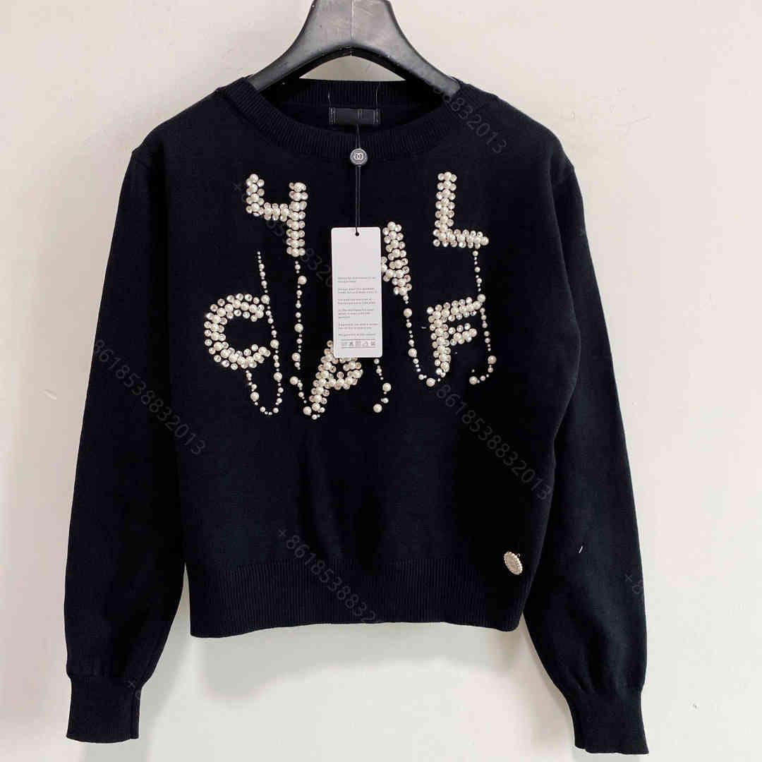 디자이너 CC 여성 니트 스웨터 까마귀 가을 여자 모직 니트 후드 펄 로고 긴팔 뜨개질 셔츠 슈퍼 탄성 패션 여성 디자인 의류 크기 SML