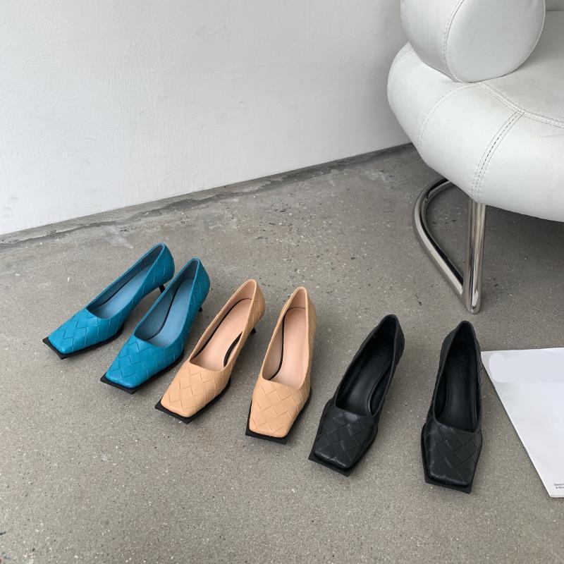 Платье Обувь Повседневная каблуки Баскетбольная платформа 2021 Квадратный Ног Африканская Женщина Обувь Насосы Насосы на шнуровке Скольжение на мелководье Сексуальные Сандалии