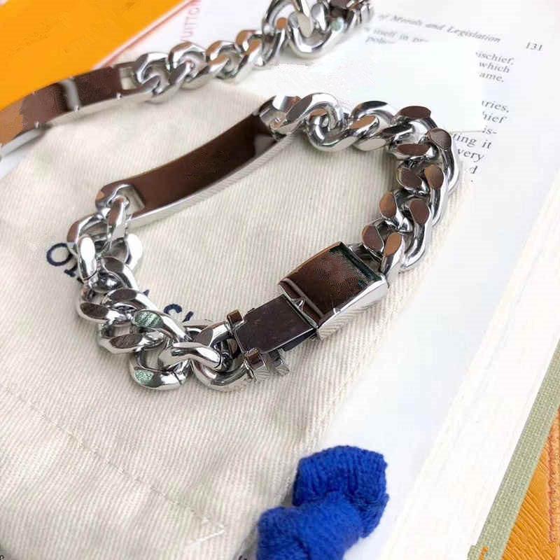 Silver Couleur Hommes Femmes Clairement En Acier Inoxydable Marque L Femmes Bracelets Mode Strass Miami Cuban Chaîne de chaîne Hip Hop V Bracelet (pas de boîte)