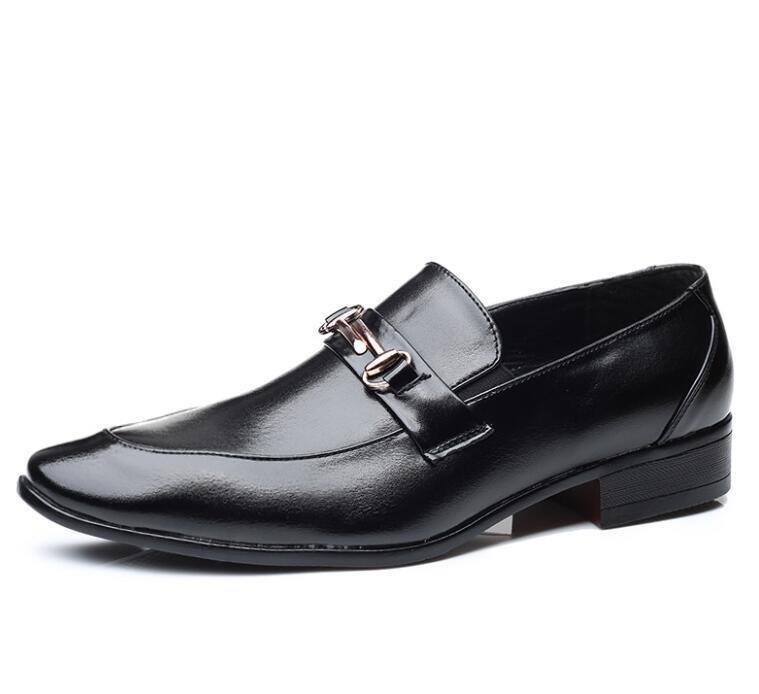 2021 tendência mocassins modernos casamento preto e festa homens casuais sapatos somking sneakers flats