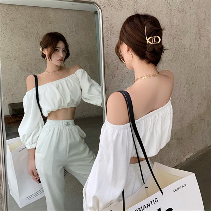 Suelo de 2 piezas Set Top de cultivo con la linterna de la manga del cuello de la barra del hombro + pantalones de pierna ancha elástica de la cintura blanca de la manera completa de la moda de las dos mujeres
