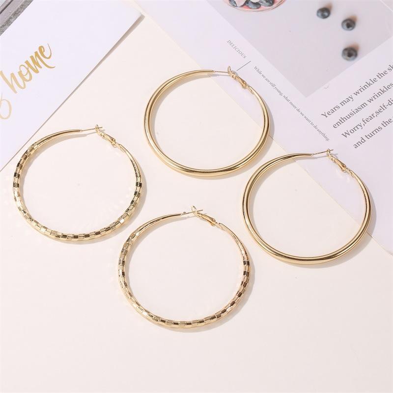 Hoop & Huggie Earrings For Women 2021 Korean Fashion Clip On Gold Dangle Trend Earring Retro Jewelry