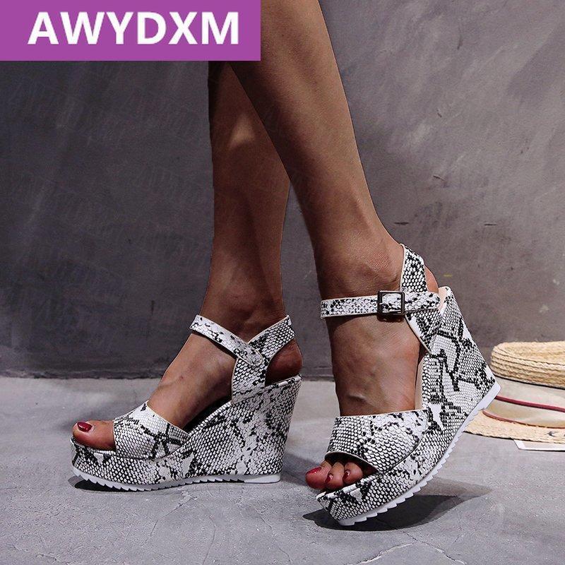 Sandal Kadınlar Ayakkabı Yüksek Topuklu Yaz Moda Pompalar Tasarım Seksi Balık Ağız Yılan Desen Platformu Bayanlar Ayakkabı Parti Elbise Ile