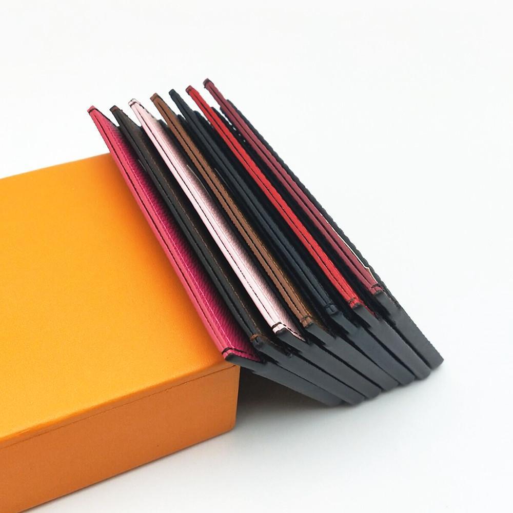 Titolare della carta di credito delle donne degli uomini classici Mini portafoglio di cuoio della piccola cuoio del piccolo portafoglio di cuoio Piccoli titolari di carte della banca con scatola e sacchetto della polvere