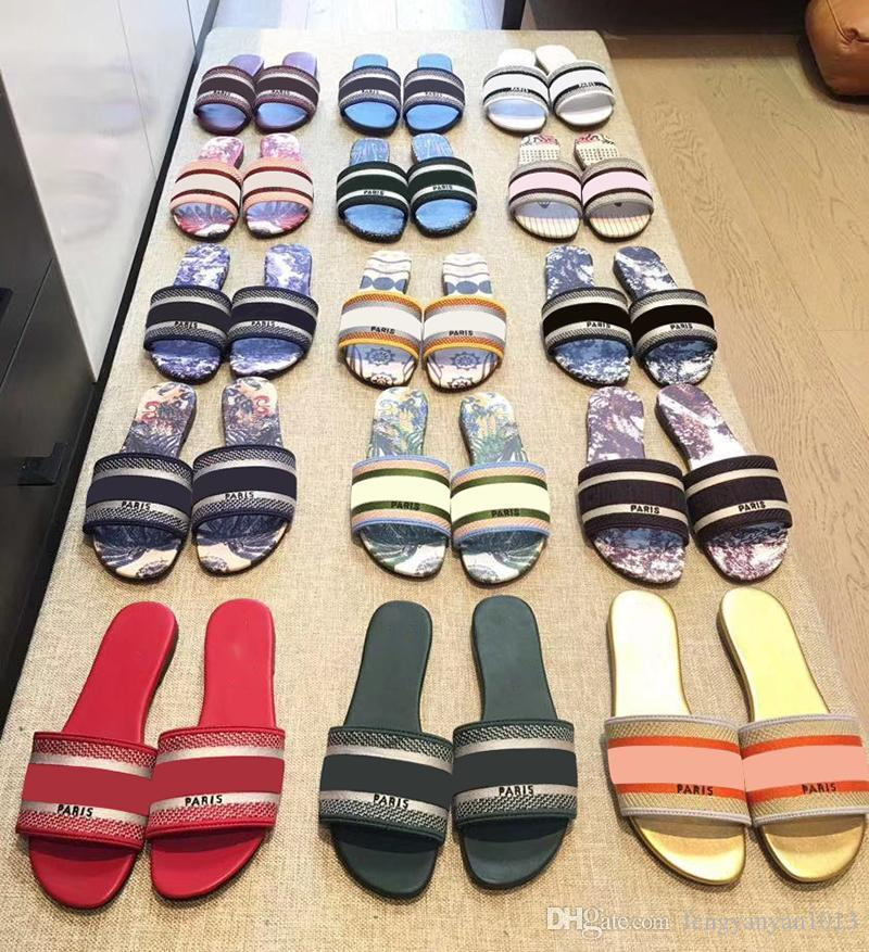 2021 París Diseñador de lujo Bastante agradable Sandalias de verano Slide Slippers Slippers Ladies Flip Flops Mocasines Imprimir Color Sólido Color 35-43 EUR con
