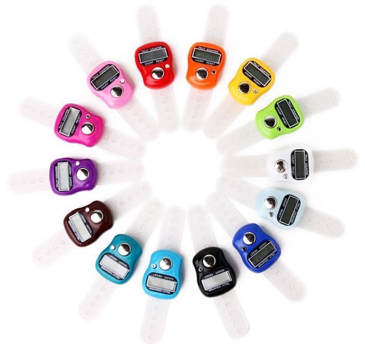 1000pcs Mini dedo mano tally contador de contador de 5 dígitos LCD Contadores de golf digitales electrónicos SN2471