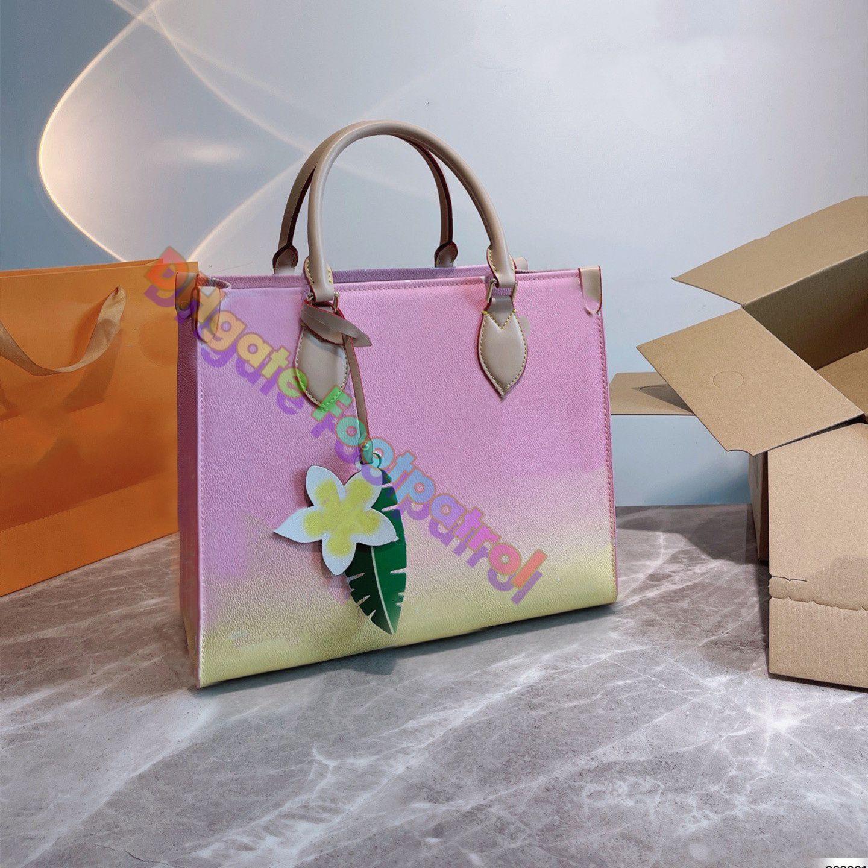 2021 Yaz Kadın Yeni Degrade Baskılı Tote Çanta Klasik Büyük Alışveriş Çantası Tasarımcılar Omuz Çanta Moda Debriyaj Çantalar Kalite Hobos Pochette Cüzdan