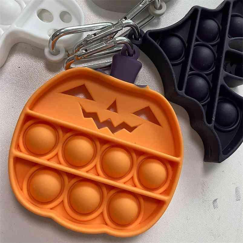 Dos Desenhos Animados Fidget Pop Pop Finger Brinquedos Silicone Dia das Bruxas Abóbora Bat Fantasma Crânio Chave Chave Sensory Bubble Puzzle Keychain Kids Kids Decompression Toy G921rih