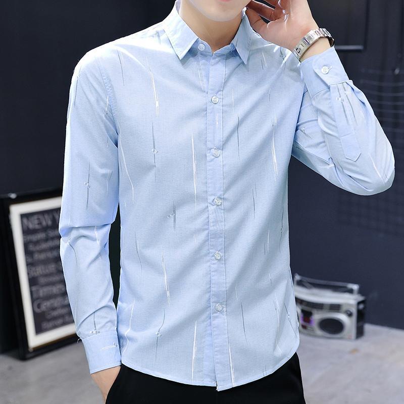 고대의 방법을 복원하는 잘 생긴 꽃 셔츠 남성 조수는 Han Edition이 자신의 도덕성 스타일리스트 Printi 남자 캐주얼 셔츠를 재배하는 것입니다.
