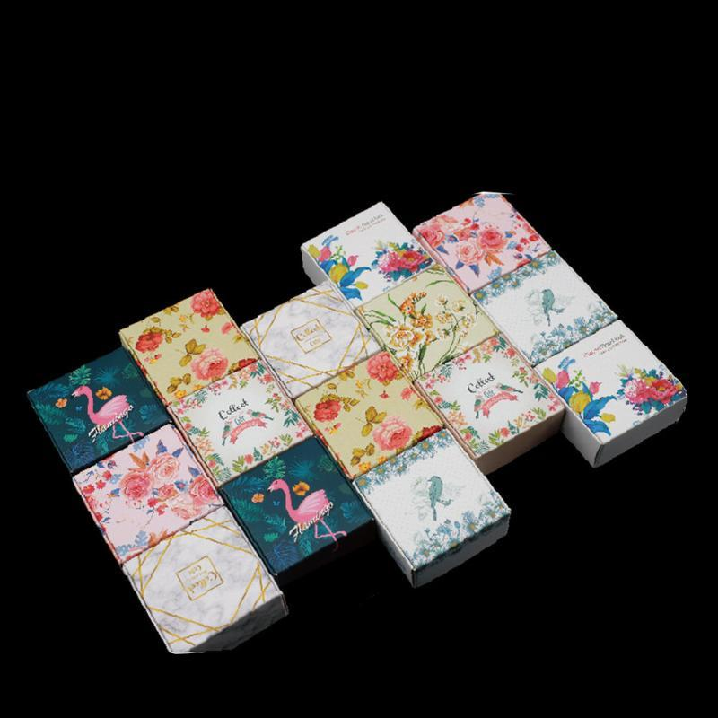 Gift Wrap 50Pcs/lot Patterned Square Kraft Paper DIY Packaing Boxes Foldable Papercard Box For Wedding Celebration Party