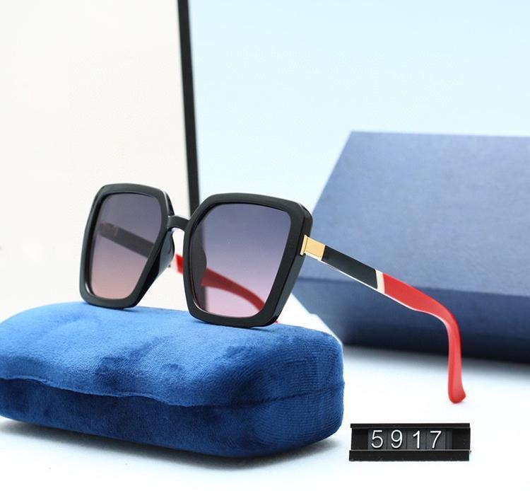 Di buona qualità Moda classica Lettera di Guida Guida di occhiali da sole UV400 Attitude Sunglass Gold Frame Quadrato Metallo Vintage Style Outdoor Goggles classico con scatola