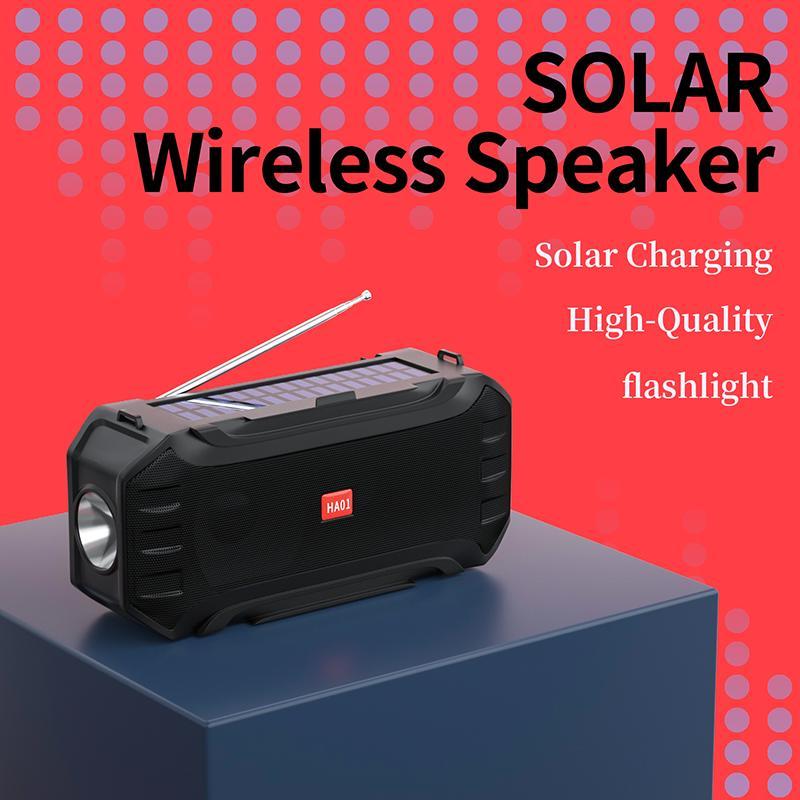 شحنة الشمسية سماعات بلوتوث مع مصباح يدوي لاسلكية لاسلكية لاسلكية مكبر الصوت SoundBox تدعم راديو FM USB القرص TF MP3 مشغل موسيقى