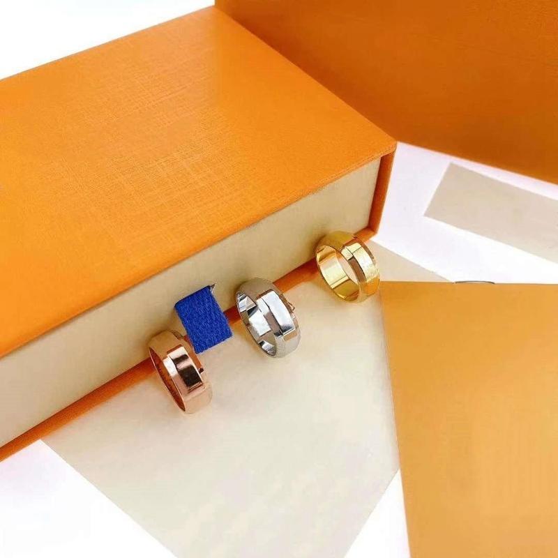 Anneau d'amour Bagues de mode Unisexe pour homme Femmes Bijoux Hommes Femme 4 Cadeaux Cadeaux Prestige Designer Accessoires