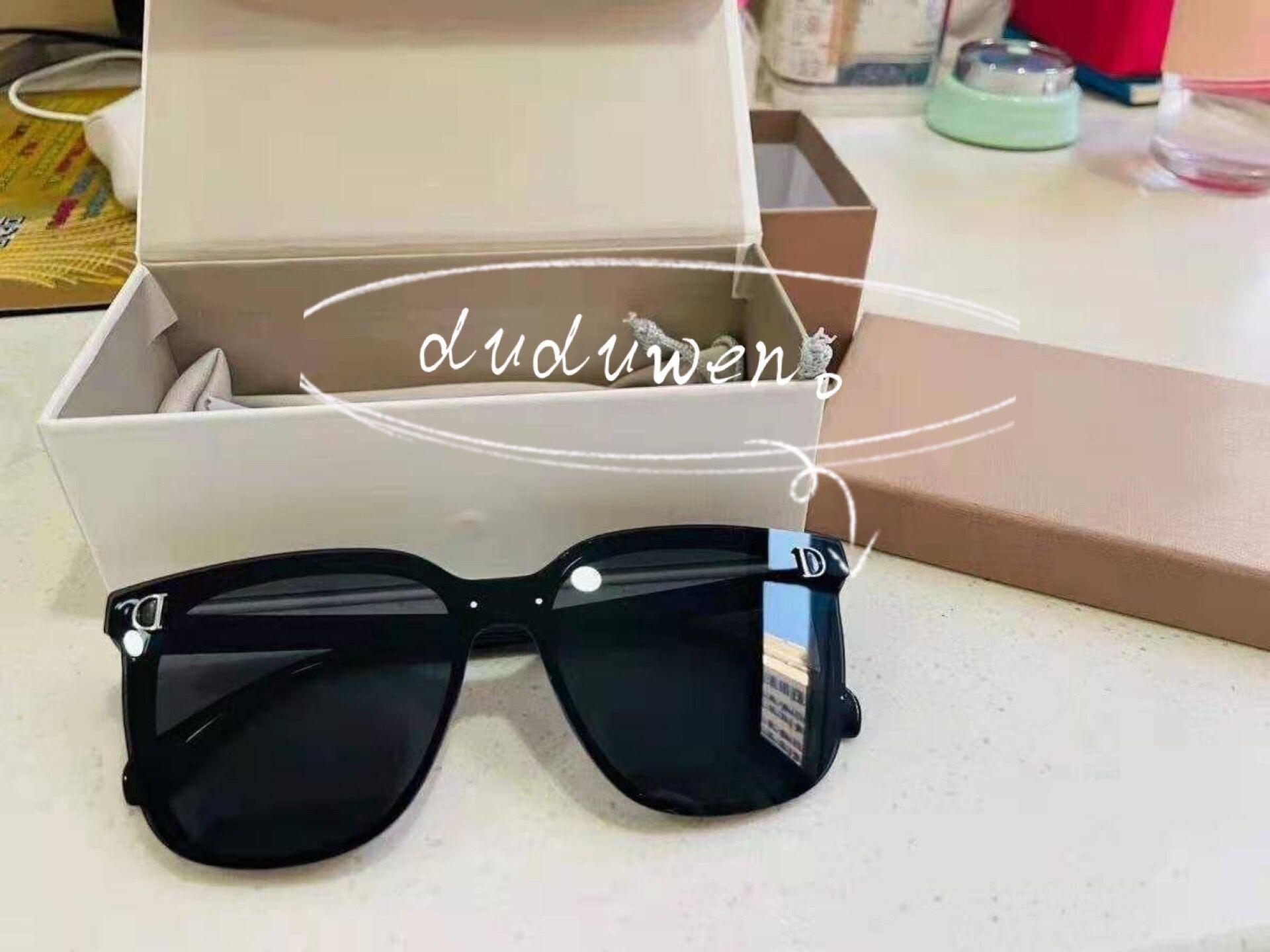 مخصص أزياء المرأة نصف دائري عدسة أسود نظارات حماية خمر نظارات نظارات الكلاسيكية الفتيات هدية مربع