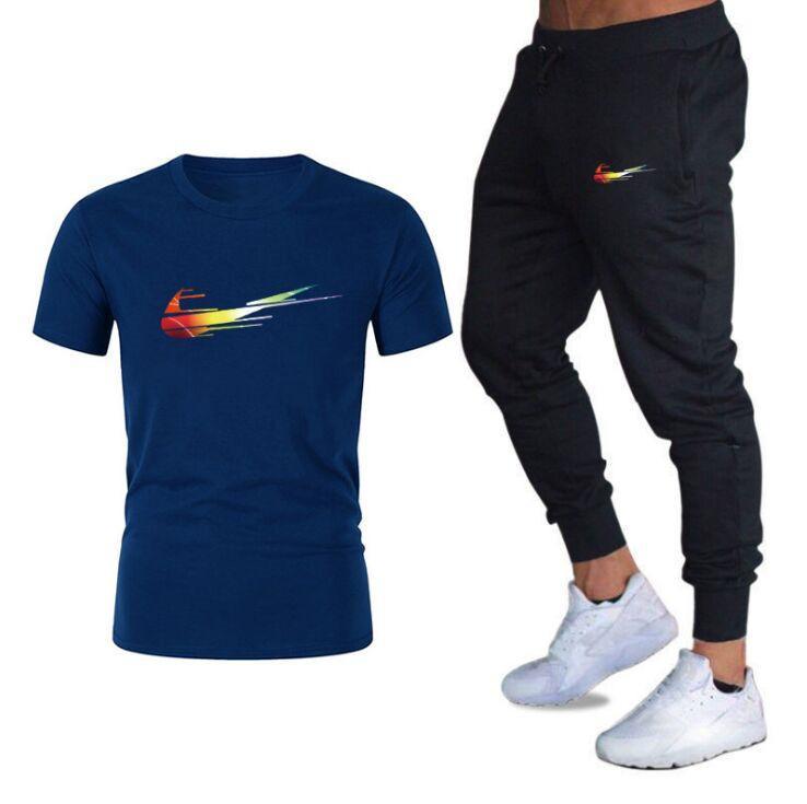 Uomo Casual Tracksuit Summer Abbigliamento Sportswear Abbigliamento Two Piece Set T Shirt Brand Track Abbigliamento Abbigliamento maschile Tute sportive maschili S-XXL