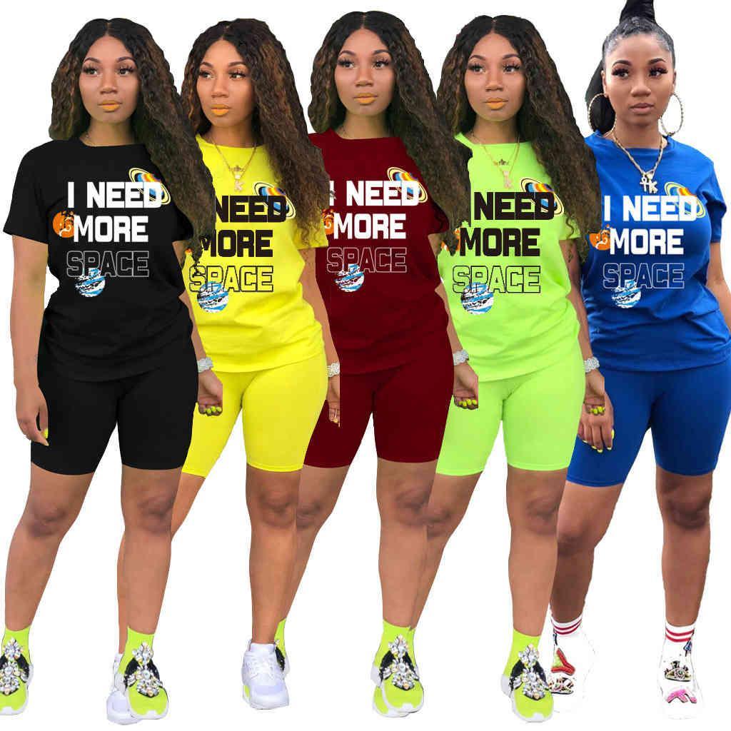 Дизайнерские женские рассеивания с коротким рукавом спортивный костюм мода повседневная буква печатать две части наряды летняя дама одежда S-XXL